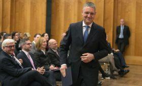 В Еврокомиссии заявили о готовности к диалогу с Россией по 5G