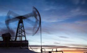 CША и Великобритания резко нарастили закупку нефти в России