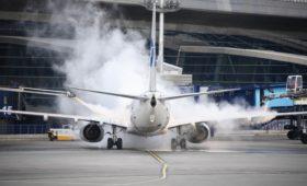 Авиакомпании предложили обнулить НДС на полеты через Москву