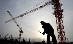 Из-за запрета на въезд иностранцев возник риск дефицита строителей