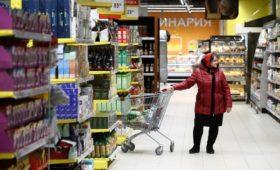 Минэкономики не исключило ускорения инфляции из-за ослабления рубля