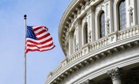 США приостановили выдачу виз в большинстве стран из-за коронавируса