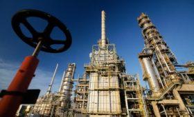Правительство России доплатит нефтяникам за поставку нефти в Белоруссию