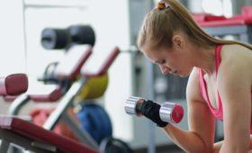 Москвичи начали скупать спортинвентарь после закрытия фитнес-клубов