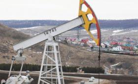 Fitch предсказало сокращение инвестиций российскими нефтяными компаниями