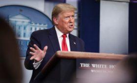 СМИ узнали о поддержке Трампом плана по вытеснению России с рынка нефти