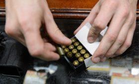 В России резко выросли продажи патронов и бейсбольных бит