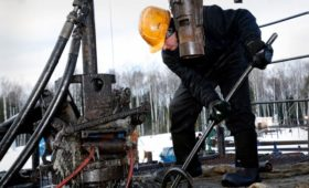 Новак оценил сроки восстановления цен на нефть