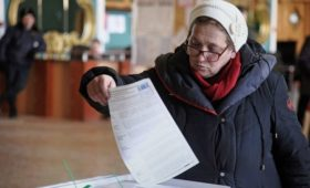 Большинство россиян допустили голосование за Путина в 2024 году