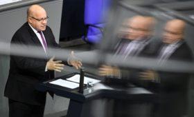 Министр экономики ФРГ допустил национализацию компаний из-за вируса