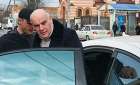 Абхазия с третьей попытки получила оппозиционного президента