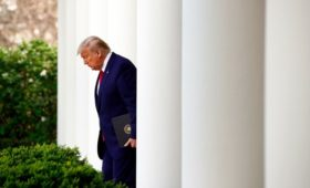 Кремль заявил о признательности Трампа за помощь в борьбе с вирусом в США
