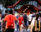 Власти Сингапура пообещали выплаты каждому жителю из-за эпидемии