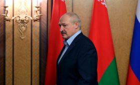 Лукашенко назвал головотяпством закрытие Россией границы с Белоруссией